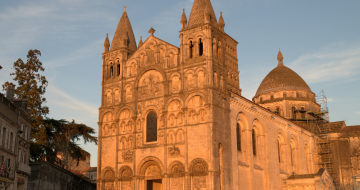 Kathedrale Saint Pierre in Chateauneuf